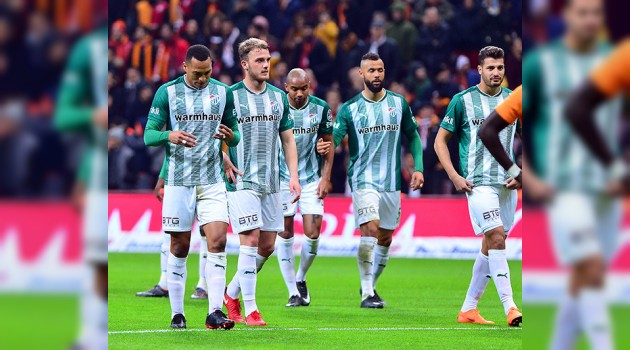 Bursaspor deplasmanda farklı yenildi (5 - 0)